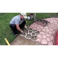 Как эффективнее всего использовать форму для садовой дорожки
